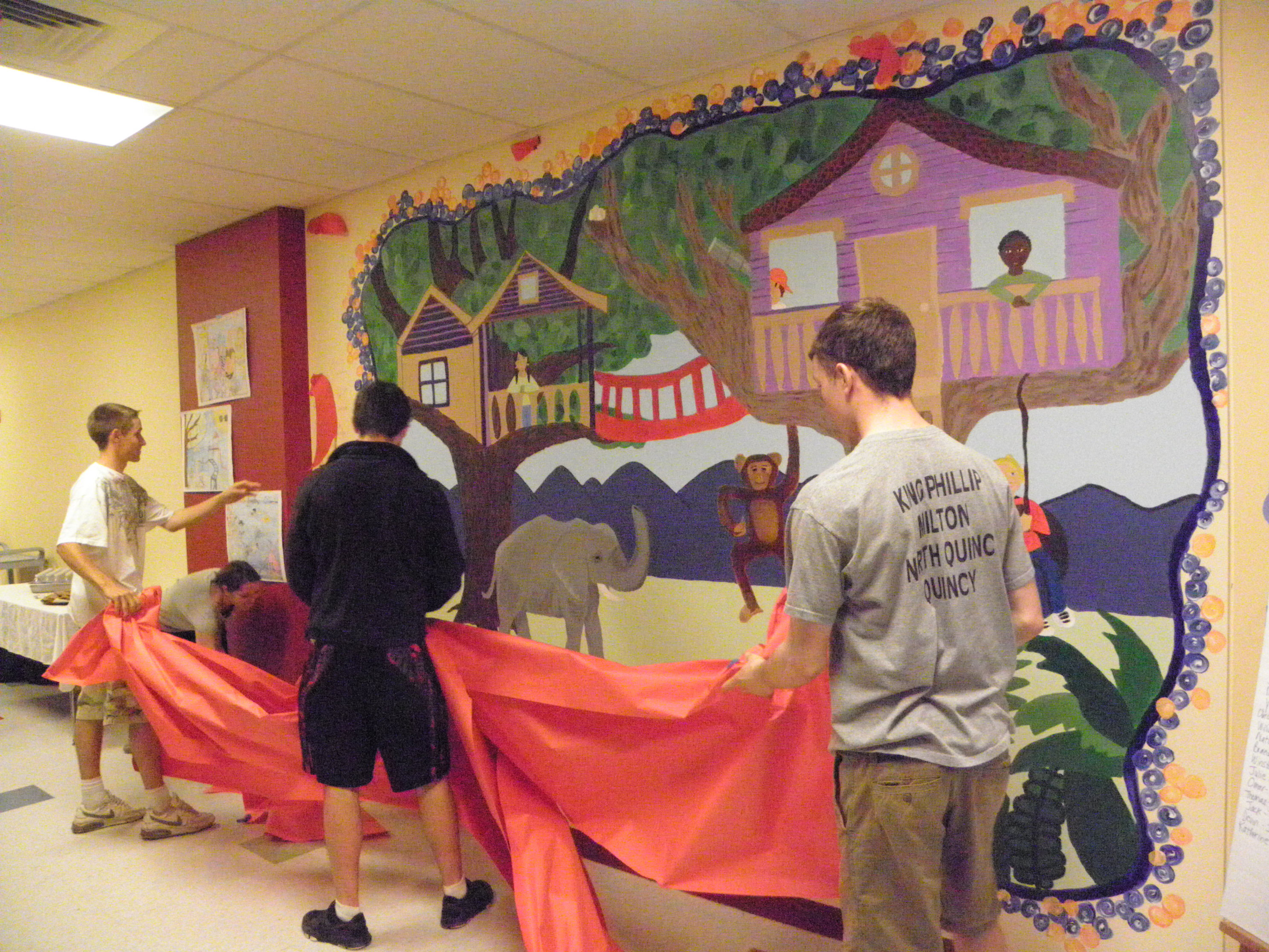 Mhs students create mural for collicot elementary for Elementary school mural ideas
